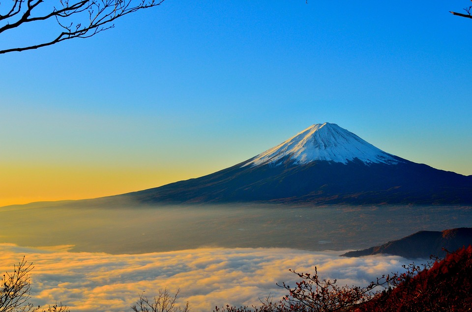 登山しながら御朱印巡り。苦労してまで欲しい霊山の御朱印