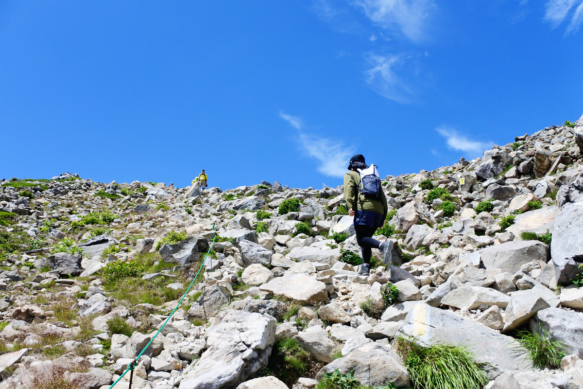 登山の歩き方にはコツがある?疲れを軽減させる登りと下りの歩き方