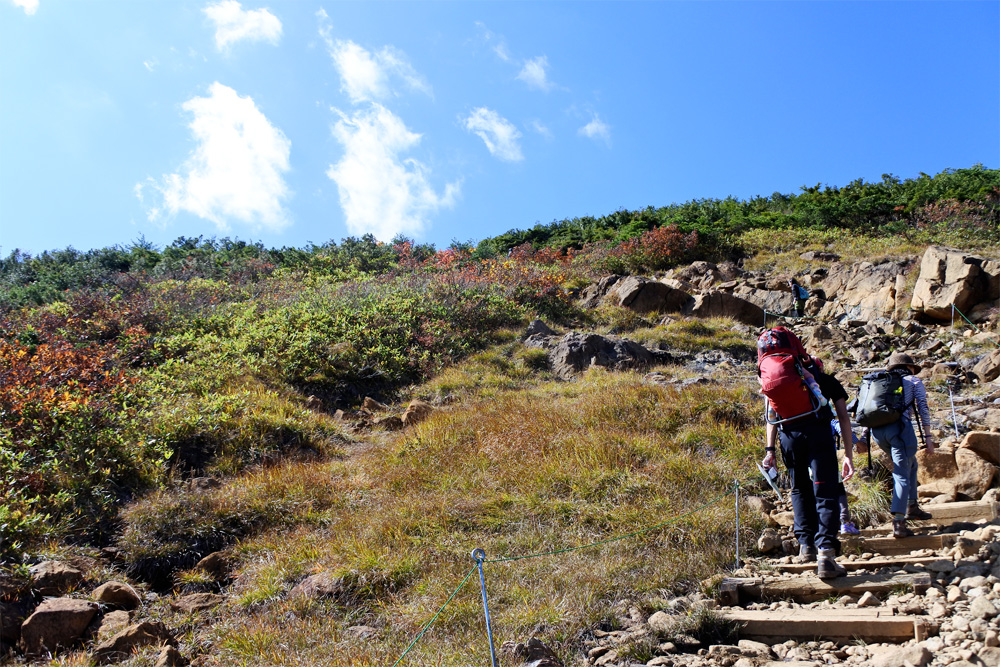 登山で苦手な登りを克服!疲れにくい登り方や注意すること