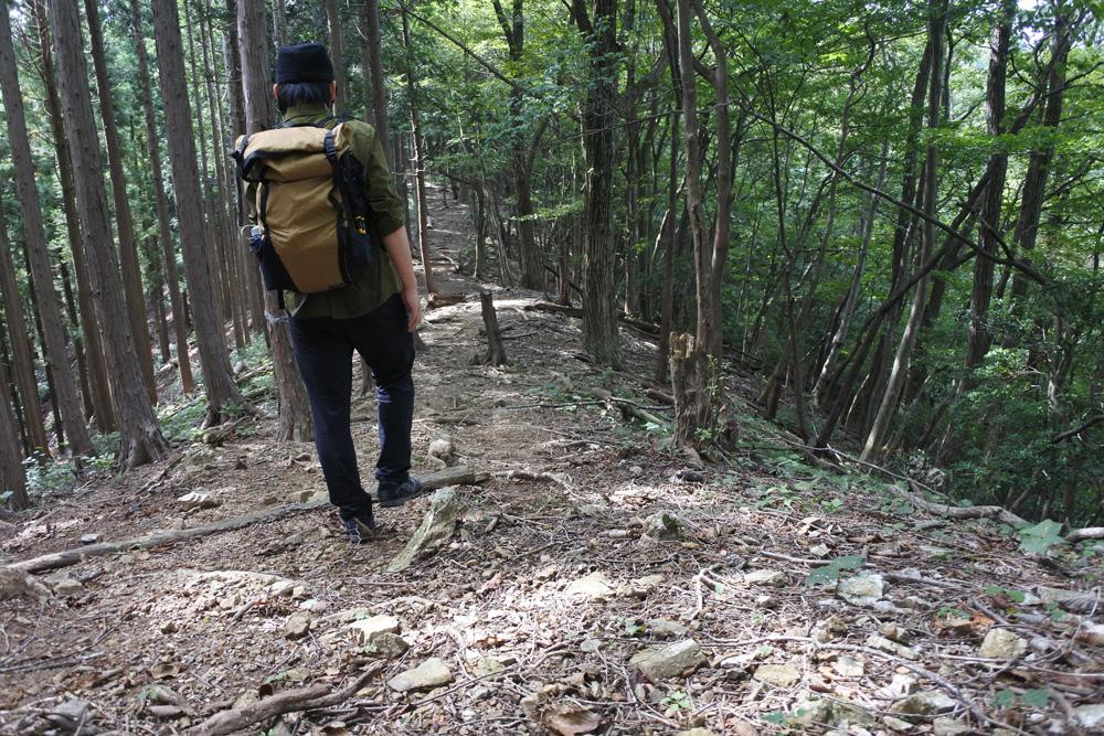 登山は下山こそ注意が必要!膝を傷めない歩き方や下山後のケア