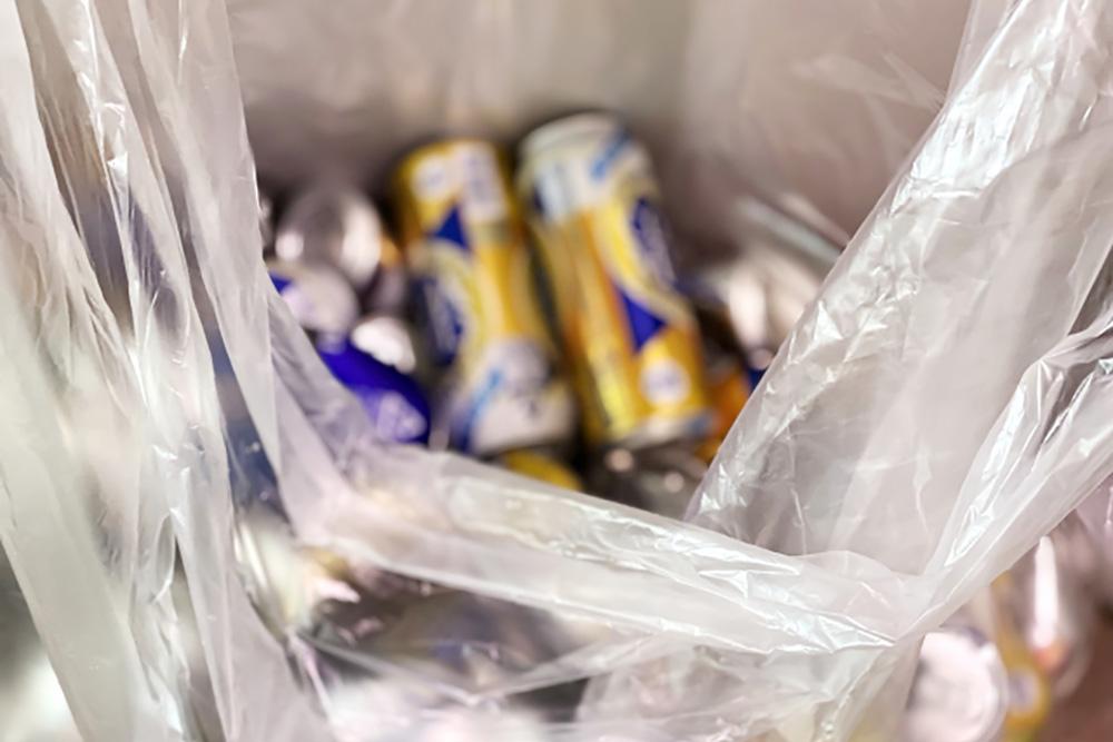 登山のゴミは袋に入れて持ち帰ろう!ゴミ袋の分け方や快適にする工夫