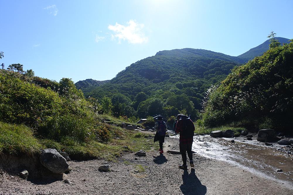 登山で疲れないためのコツは?歩き方や回復方法、疲れない体作るをご紹介