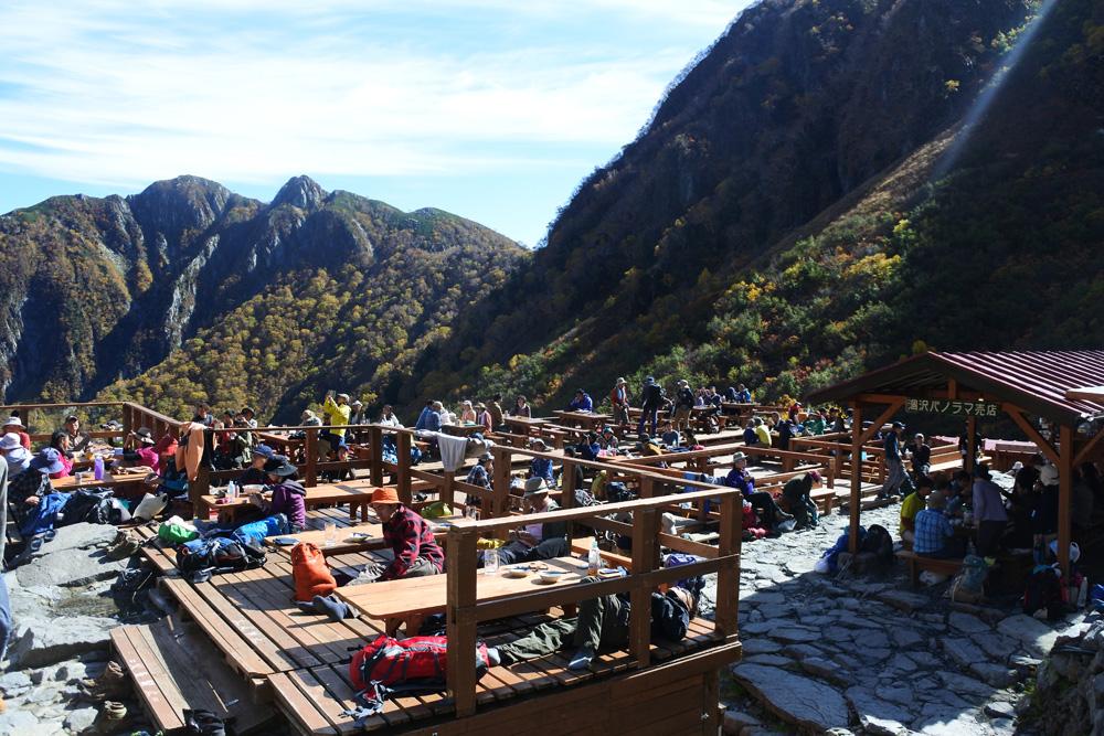 泊まり登山で山小屋を利用しよう。山小屋の重要性や基本的なマナー